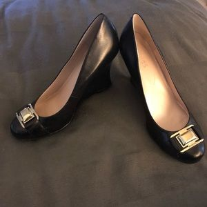 Guess Black Wedge Close Toed Shoes